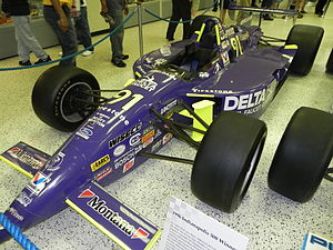 1996 Indianapolis 500 - Image: Indy 500winningcar 1996