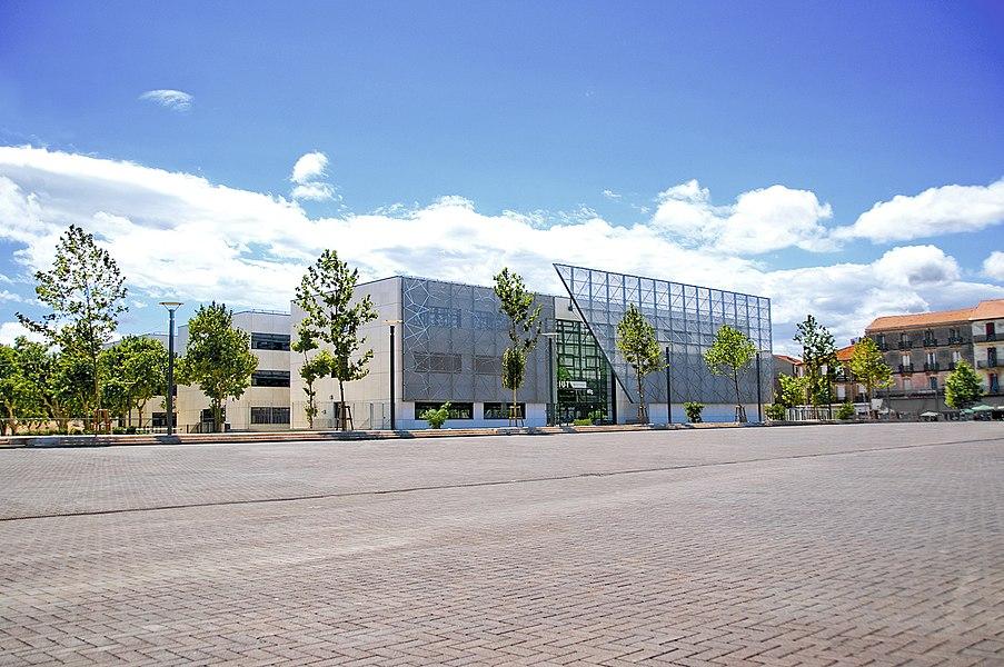 Architecte: Chabanne et Partenaires SHON: 7 800 m² Livraison septembre 2011  Qualité environnementale: Bâtiment basse consommation (BBC), EFFINERGIE (50% économie d'énergie)