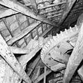 Interieur van watergedreven molen met onderslagrad, spoorwiel - Haaksbergen - 20283583 - RCE.jpg