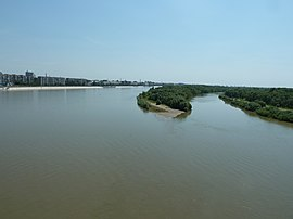 Irtysh River from the Leningradsky bridge in Omsk.JPG