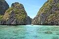 Island lagoon in Bacuit Bay, El Nido, Palawan, Philippines.jpg