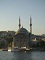 Istanbul PB096594raw (4119577216).jpg