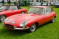 Jaguar E-Type FHC Series 1 (1967) - 14404043688.jpg