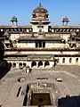 Jahangir Mahal Orchha Fort Orchha India - panoramio (6).jpg