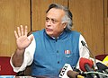 Jairam Ramesh briefing the media after receiving the report of the expert committee on the Draft Coastal Management Zone Notification from Dr. M.S. Swaminathan, in New Delhi on July 17, 2009.jpg