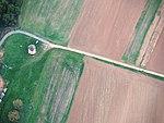 Jalubí, větrný mlýn, letecký pohled.jpg