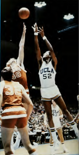 Jamaal Wilkes - Wilkes with UCLA in 1971–72