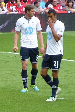 Jan Vertonghen and Nacer Chadli vs Arsenal - 1 September 2013.jpg
