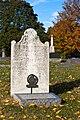 John Kinzie grave stone 20101031.jpg