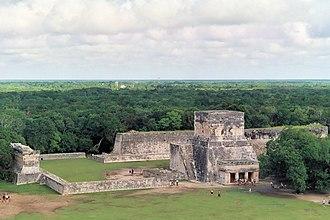 El Castillo, Chichen Itza - Image: Juego de pelota chichen itza