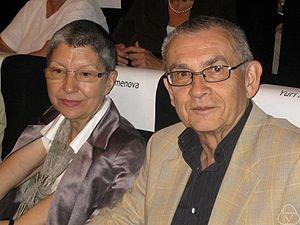 Yuri Manin - Yuri Manin with his wife Ksenia Semenova at the ICM 2006 in Madrid