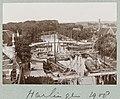 Kanaalgezicht in Harlingen met daarin enkele platbodem zeilschepen Harlingen 1908 Photographieën (serietitel), RP-F-2001-17-12-90.jpg