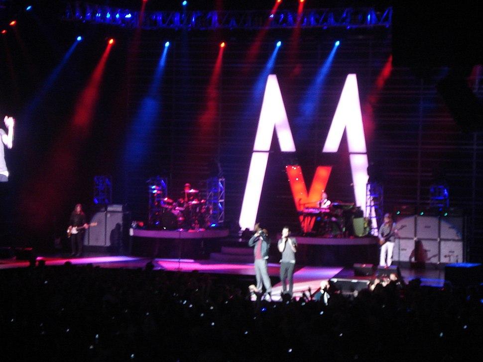 Kanye West Maroon 5
