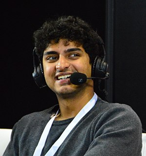 Karan Soni - Soni at C2E2 in 2015
