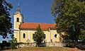 Kath. Pfarrkirche hl. Johannes Nepomuk in Trabenreith.jpg