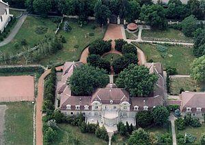 Kenderes - Aerial view of manor in Kenderes