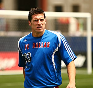 Kenny Cooper of FC Dallas warming up