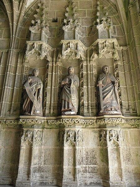 Philippe ,Mathieu et Paul. Trois apôtres du porche des femmes de la chapelle Notre-Dame de Kernascléden (56).