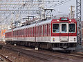 Kintetsu2610Series02.jpg
