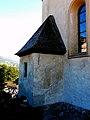 Kitzbühel. Liebfrauenkirche, vorkragender Sakristeianbau (gotisch).jpg