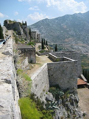 Béla IV of Hungary - Klis Fortress (seen from its west point, toward east); Béla captured it from Domald of Sidraga, a rebellious Dalmatian nobleman in 1223