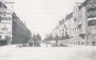 Torvet 1912, vy mod nord, til venstre ses S:t Eriks Bryggeri.