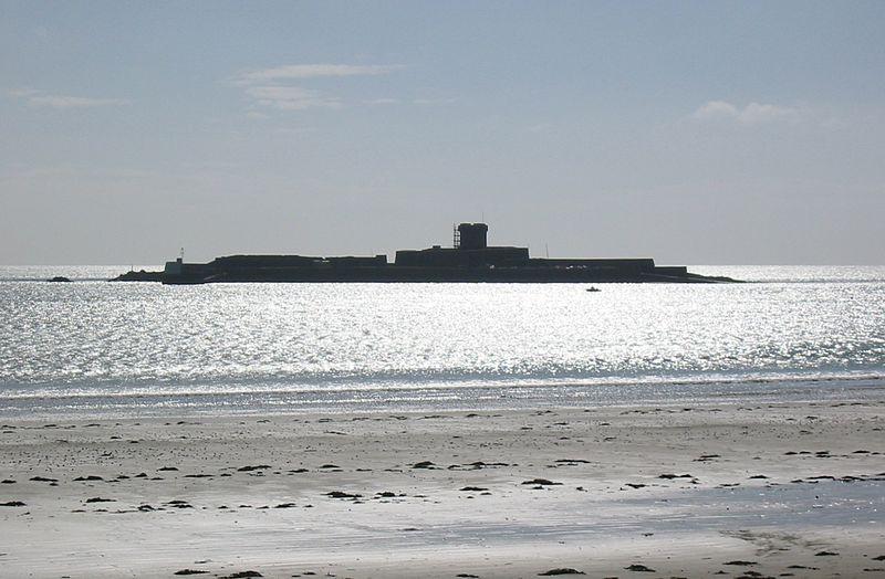 File:Lé Fort d'Saint Aubîn Jèrri.jpg