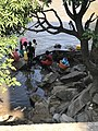 La lessive dans la rivière Mpozo à Matadi.jpg