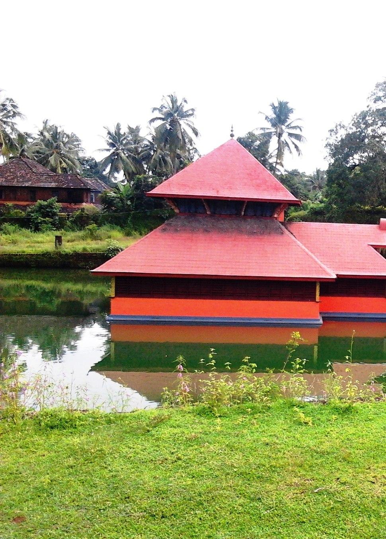 Lake Temple, Kumbla