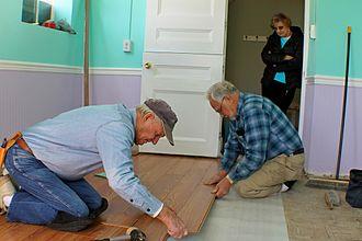 Laminate flooring - Fitting individual laminate planks.