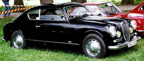 http://upload.wikimedia.org/wikipedia/commons/thumb/4/4f/Lancia_Aurelia_GT_1951.jpg/500px-Lancia_Aurelia_GT_1951.jpg