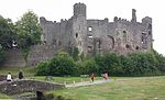 Laugharne Castle 2015.jpg