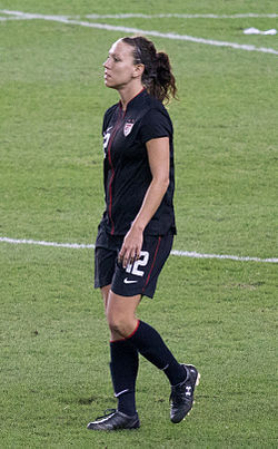Lauren Cheney USA vs Can Sep17.jpg