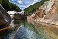 Lavertezzo. Il fiume. 2011-08-13 12-41-25.jpg