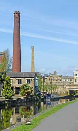 Leeds & Liverpool Canal, Shipley (14130144802)