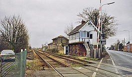 Littleworth-Railway-Station-Geograph-2034106-by-Ben-Brooksbank.jpg