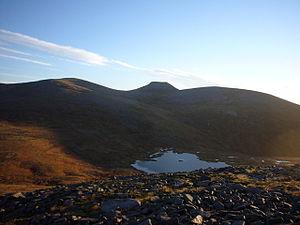 Monadh Mòr - Loch nan Stuirteag and Cairn Toul from North ridge of Monadh Mor