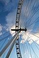 London Eye 2 (6481370817).jpg