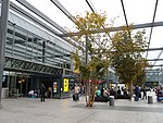 London Heathrow Airport T3 - panoramio.jpg