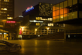 Voormalig Lucent Danstheater in de nacht (2012)