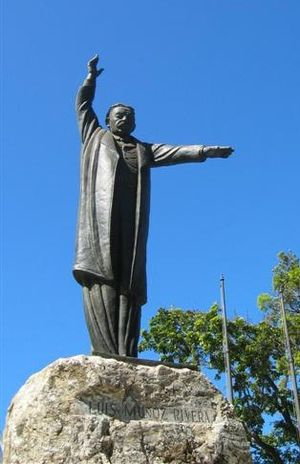 Luis Muñoz Rivera - Statue of Luis Muñoz Rivera, located at a park which bears his name.
