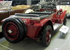 https://upload.wikimedia.org/wikipedia/commons/thumb/4/4f/MHV_Lancia_Lambda_1923_02.jpg/266px-MHV_Lancia_Lambda_1923_02.jpg