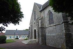 Mairie église le Gault-Saint-Denis Eure-et-Loir France.jpg