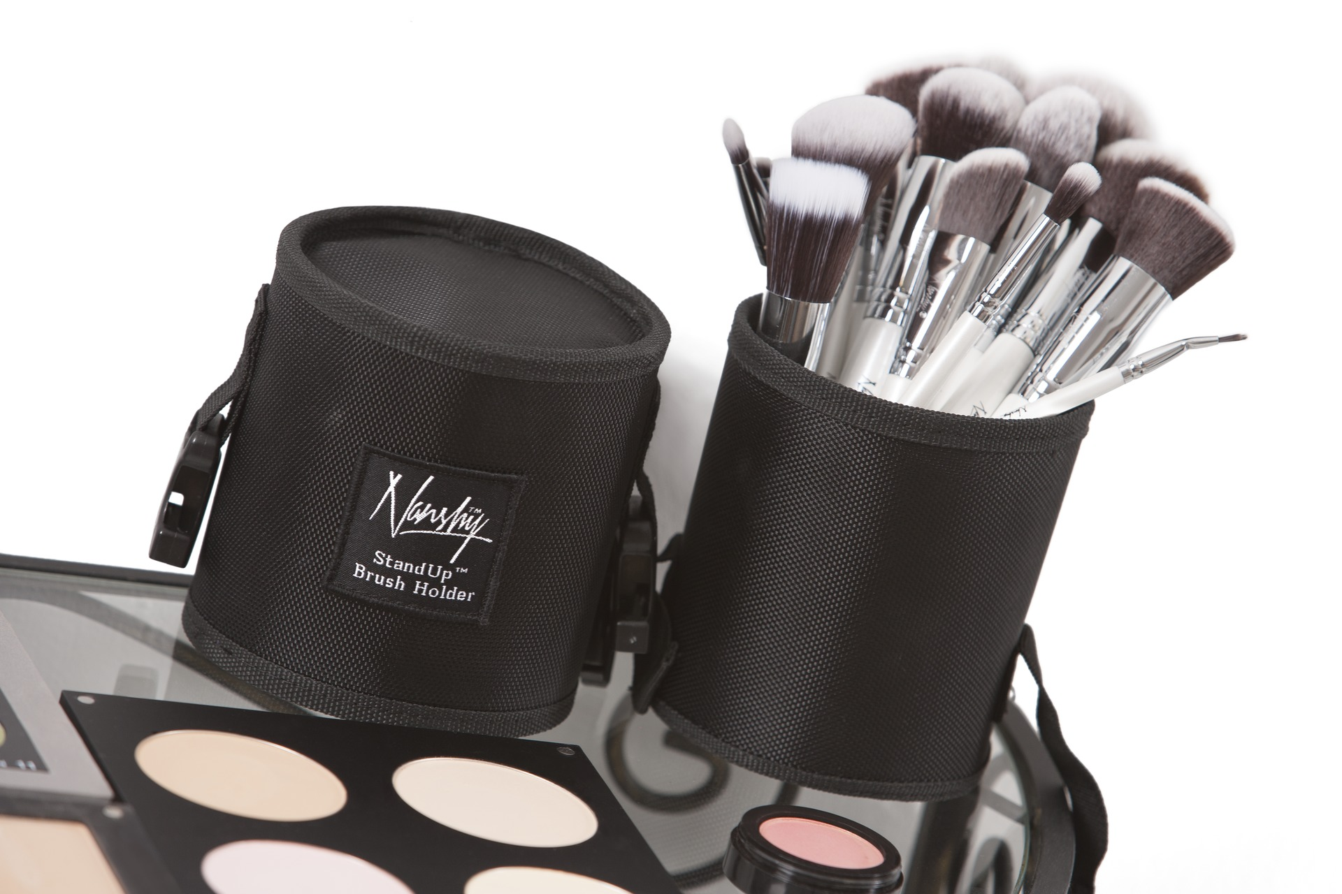 makeup brush wikipedia. Black Bedroom Furniture Sets. Home Design Ideas
