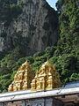 Malaysia - 033 - KL - Batu Caves Hindu temple (3510561484).jpg
