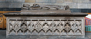 Marjorie Bruce - Marjorie Bruce's sarcophagus-effigy at Paisley Abbey, where she was buried
