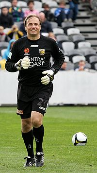 Bosnich playing for the Central Coast Mariners in 2008