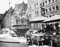 Marknadsstånd på torget i Nürnberg - TEK - TEKA0115278.tif