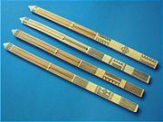 Bambuszból készített ősi stílusú dorombok, kb. 20 cm-esek