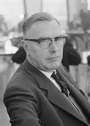 Max Euwe - Max Euwe in 1963